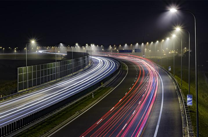 Oświetlenie drogowe oparte na fotowoltaice
