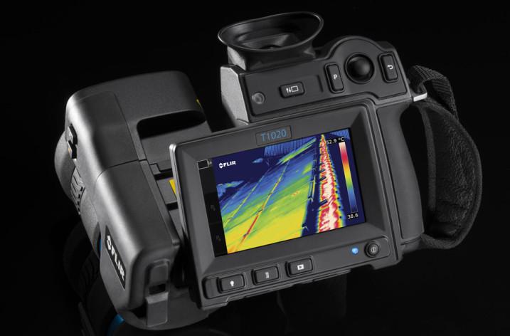 FLIR Systems przedstawia innowacyjną ręczną kamerę termowizyjną