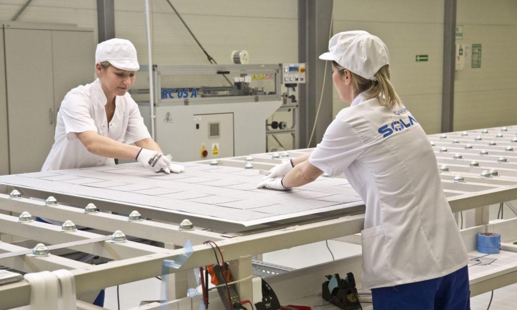 Czterokrotnie większa moc produkcyjna zakładu PV