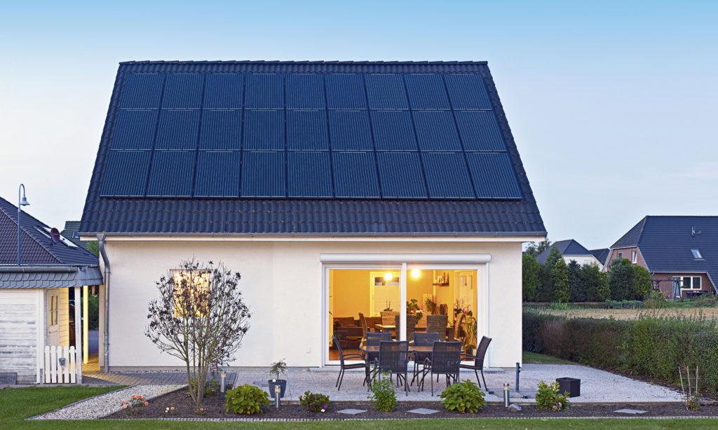 Panele słoneczne w ofercie Energi