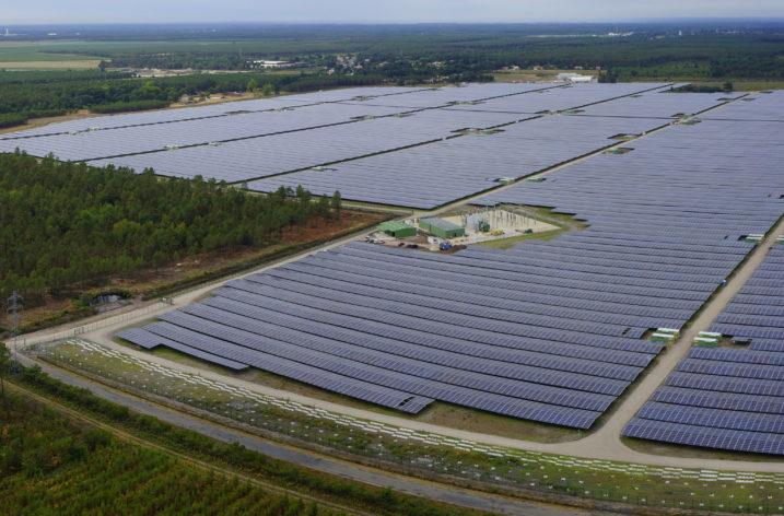 Nawiększa elektrownia fotowoltaiczna na Jamajce