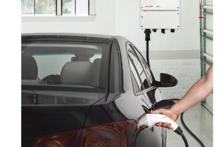 Przyszłość zasilania pojazdów elektrycznych energią słoneczną