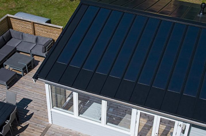 Moduły fotowoltaiczne zintegrowane z dachem