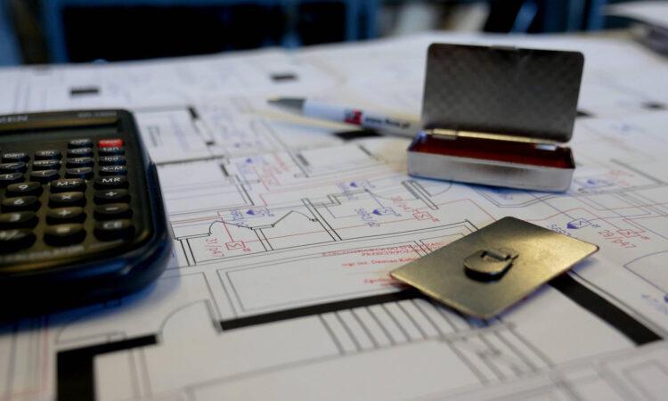 Uzgadnianie projektów instalacji PV z rzeczoznawcą ds. zabezpieczeń przeciwpożarowych