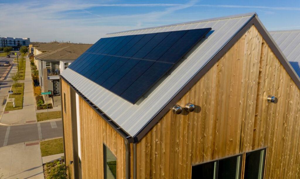 Co inwestorzy cenią w modułach fotowoltaicznych marki SunPower – poznaj fakty