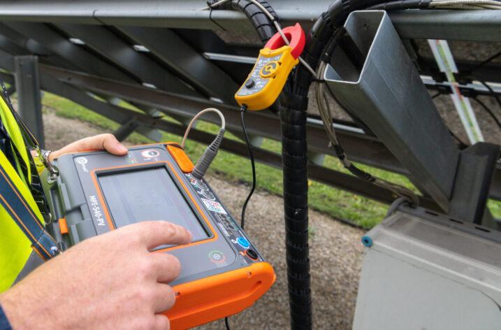 Bezpieczeństwo w fotowoltaice – miernik MPI-540-PV