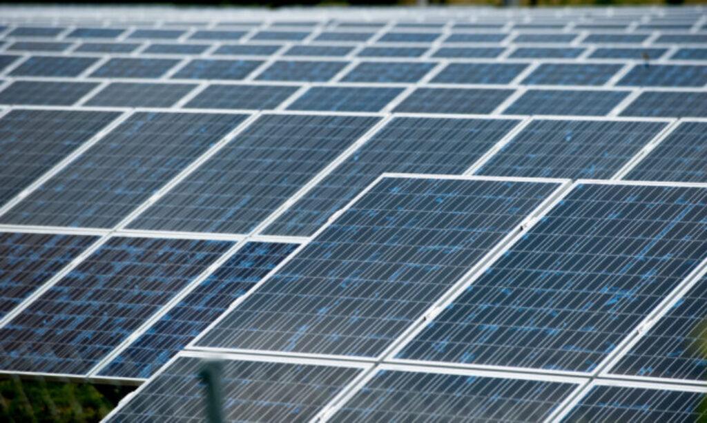Blisko 90 tys. mikroinstalacji w sieci Energi Operatora