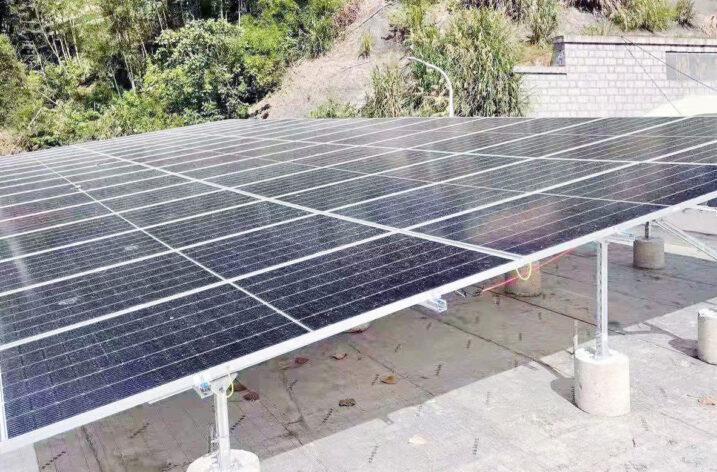 Falowniki sieciowe SOFARSOLAR w realizacji projektu oświetlenia tunelu górskiego